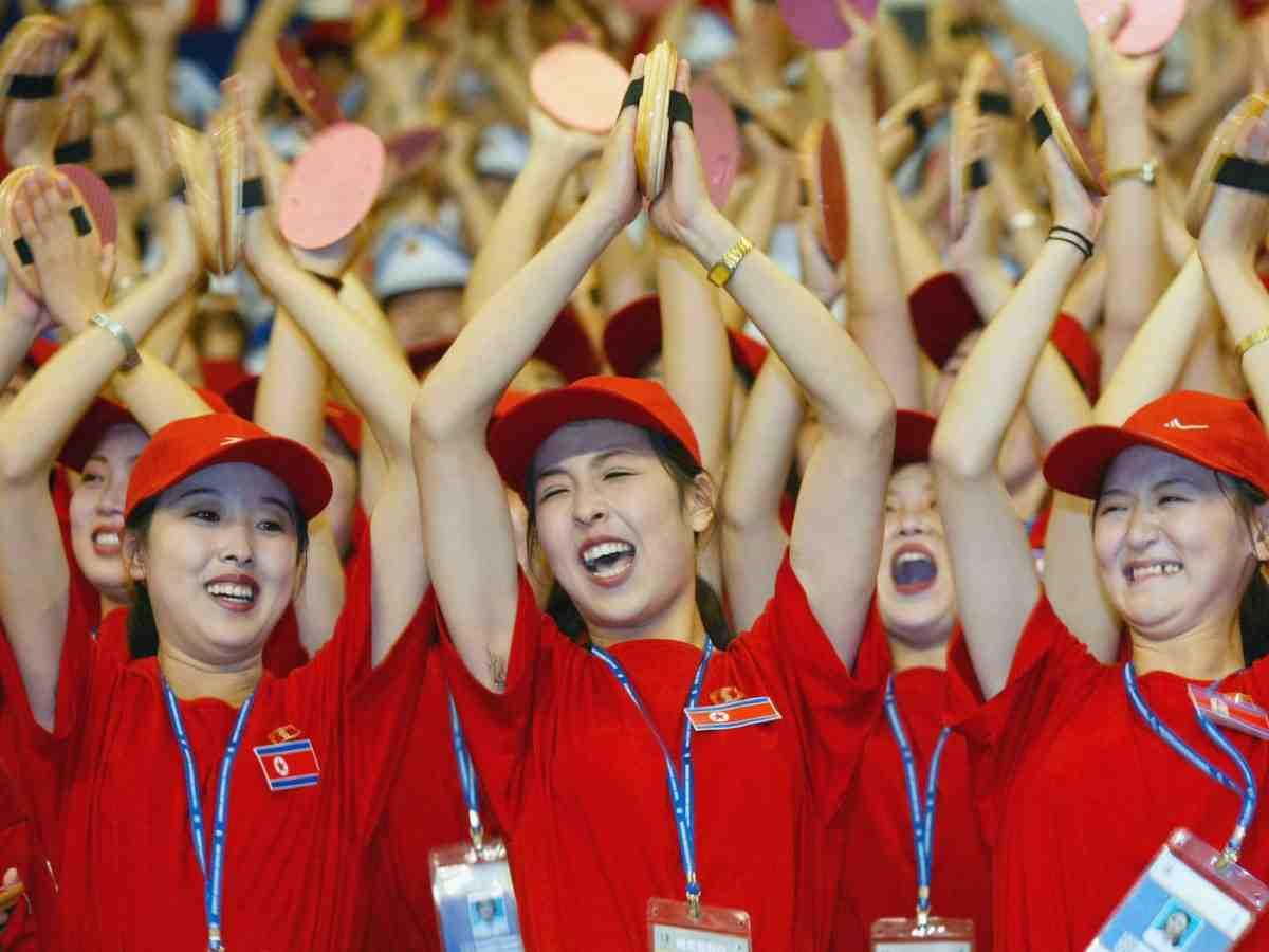 """Ngắm """"đội quân"""" toàn mỹ nữ của Triều Tiên đi cổ vũ ở nước ngoài - 7"""