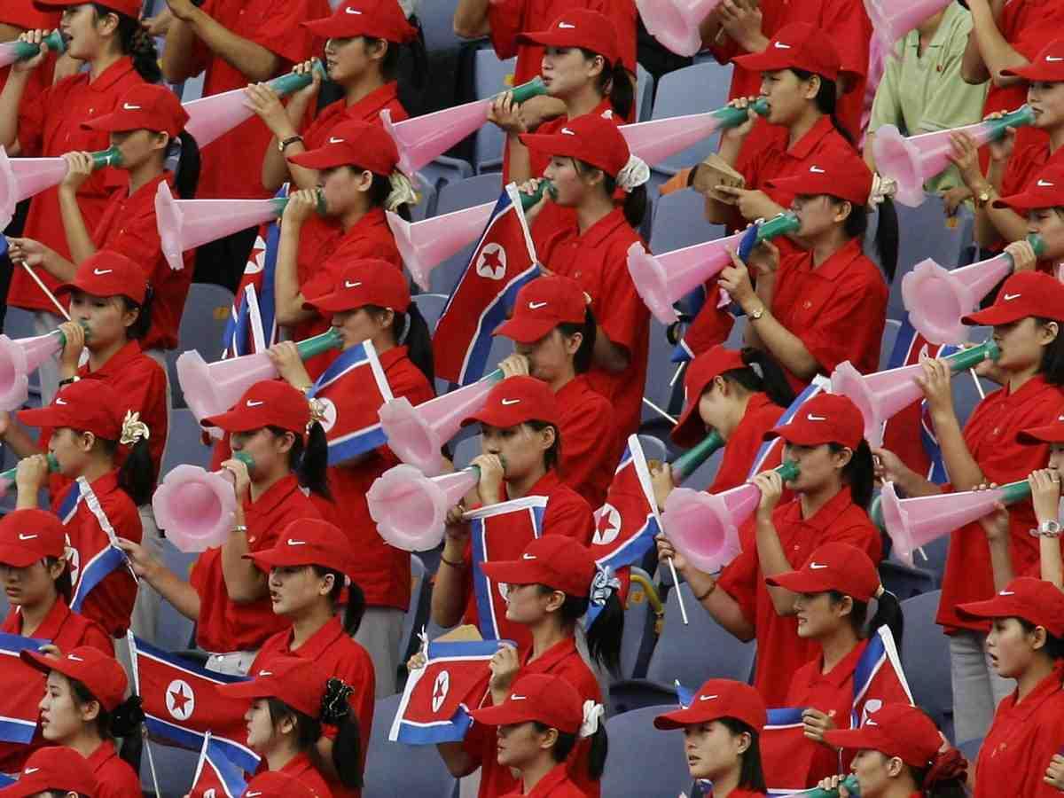 """Ngắm """"đội quân"""" toàn mỹ nữ của Triều Tiên đi cổ vũ ở nước ngoài - 8"""