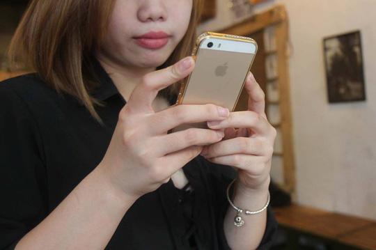 Hai luật sư tại Việt Nam khởi kiện Apple - 1