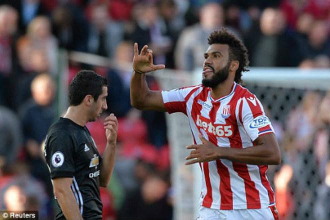 Họp báo MU - Stoke City: Mourinho bất ngờ khen Sanchez, vỗ về Ibra - 3