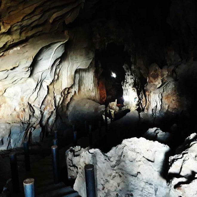 Ở Điện Biên có một hang động nguyên sơ đẹp đến khó tin - 2