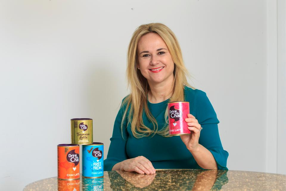 Bà mẹ hai con kiếm hơn 92 tỷ đồng một năm nhờ bán trà - 1