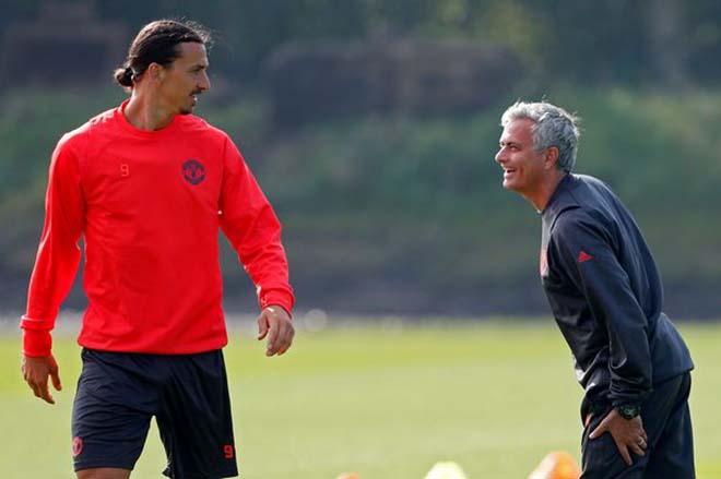 Họp báo MU - Stoke City: Mourinho bất ngờ khen Sanchez, vỗ về Ibra - 2