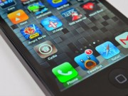 Apple sai lầm, cộng đồng iPhone nháo nhào tranh thủ hạ cấp iOS
