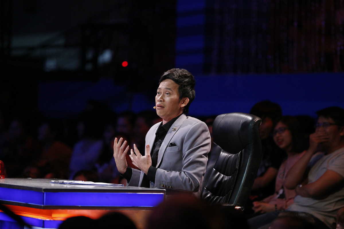 Hoài Linh thán phục, Trường Giang đổ mồ hôi vì chàng ca sĩ chưa từng diễn xuất - 6