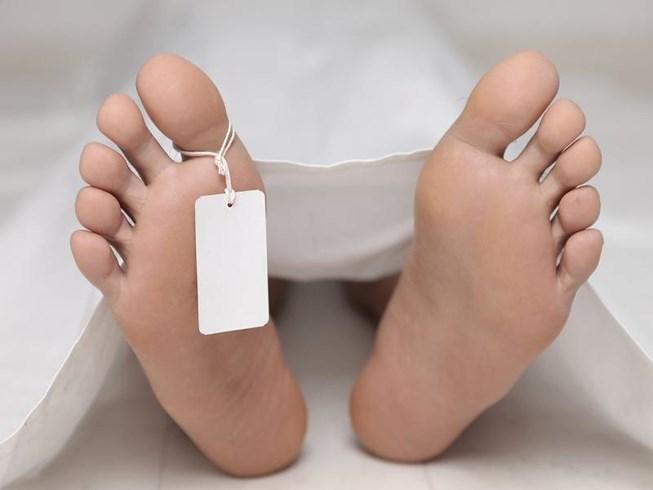 Bất ngờ sống lại sau khi 3 bác sĩ xác định đã chết - 1