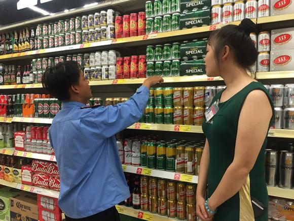 'Người đẹp' bia Sài Gòn so kè với đại gia Heineken - 1
