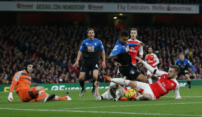 Bournemouth – Arsenal: Lời chia tay ngọt ngào của Sanchez? - 2