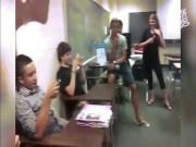 Những trò siêu thốn của thầy giáo và học sinh trong lớp học