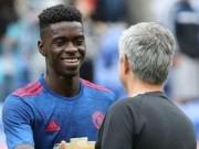 Chuyển nhượng MU: Cầu thủ đầu tiên rời Old Trafford