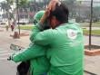 Tài xế Grabbike toác đầu sau ẩu đả với tài xế xe ôm truyền thống