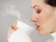 Uống nước nóng,  lời nhiều hơn lỗ