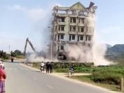 Lãnh đạo địa phương lý giải việc phá tòa nhà của Tàng Keangnam