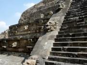 Lí do 15 triệu người Mexico chảy máu mắt chết 500 năm trước