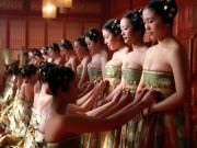 Đỏ mặt trước đồ lót phóng khoáng của phụ nữ Trung Quốc xưa