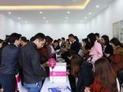 Khách hàng bốc thăm để chọn mua các căn hộ K3 dự án The K - Park