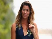 """Australian Open: """"Nữ hoàng"""" tennis quấn khăn tắm, triệu fan phát sốt"""
