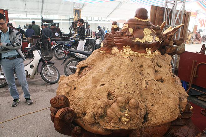 """Sở hữu gỗ lũa quý hình """"rùa hóa rồng"""", chủ nhân ra giá như 600 triệu - 8"""