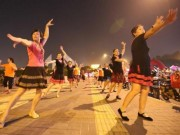 Cơ hội vào làm cho tập đoàn của Jack Ma nếu bạn… trên 60 tuổi và biết múa