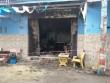 Nhà bốc cháy dữ dội lúc rạng sáng, 2 người gào khóc trong biển lửa