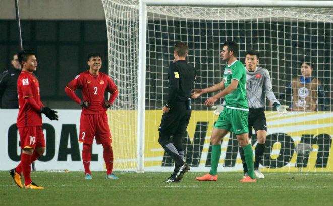 Kết quả hình ảnh cho U23 Việt Nam đấu Qatar: Sững sờ tin trọng tài người Iraq bắt chính?