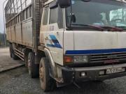 Kinh hãi tài xế xe tải phê ma túy đánh võng trên đường