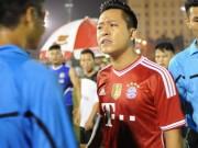 U23 Việt Nam thắng sốc Iraq: Tuấn Hưng muốn đập điện thoại, Phương Thanh bấm quẻ