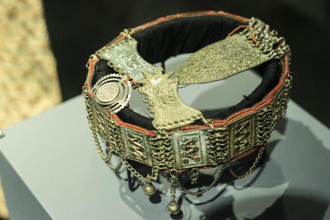 Ngắm loạt cổ vật cực quý của thế giới lần đầu xuất hiện tại Việt Nam - 10