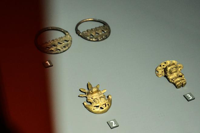 Ngắm loạt cổ vật cực quý của thế giới lần đầu xuất hiện tại Việt Nam - 5