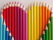 """Màu sắc và chuyện  """" yêu """""""