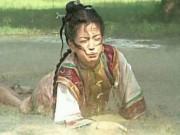""""""" Triệu Vy uống nước phân ngựa trong Hoàn Châu cách cách """""""