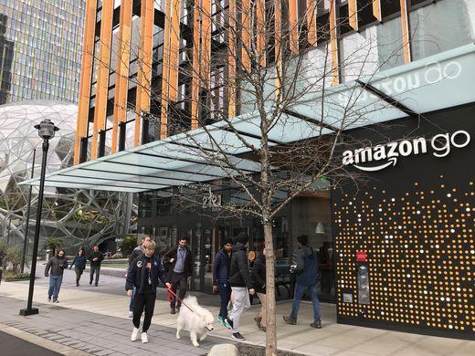 """""""Phát sốt"""" với cửa hàng không quầy tính tiền mới khai trương của Amazon - 1"""