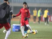 """U23 Việt Nam: Quang Hải tịt ngòi 2 trận,  """" rồng ẩn mình """"  hay hết bài"""