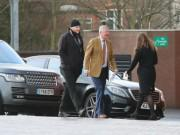 Sanchez đến MU: Đã có mặt ở Carrington, HLV Sir Alex Ferguson ra đón