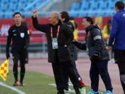 HLV Park Hang Seo làm gì trọng tài vì U23 Việt Nam nhận penalty?