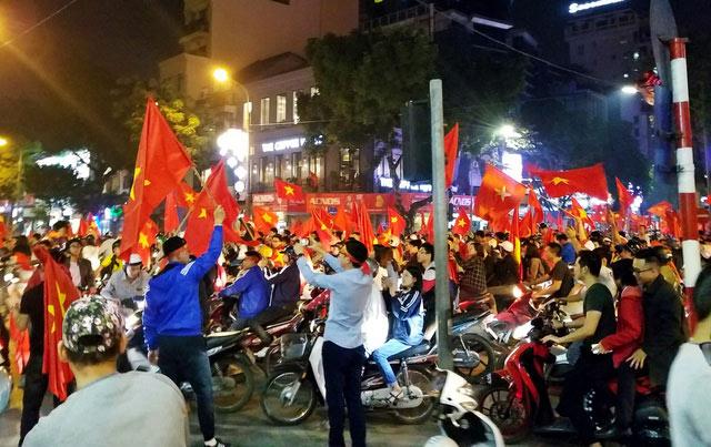 Những dịch vụ hốt bạc nhờ thắng lợi thứ U23 Việt Nam - 3