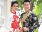 Hoa hậu H ' Hen Niê tình tứ bên siêu mẫu Hồ Đức Vĩnh