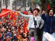 Tin tức trong ngày - Clip: Cổ động viên òa khóc khi Quang Hải gỡ hòa cho U23 Việt Nam