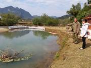 Thị trường - Tiêu dùng - Độc đáo: Ngăn sông...nuôi cá, khấm khá mấy hồi
