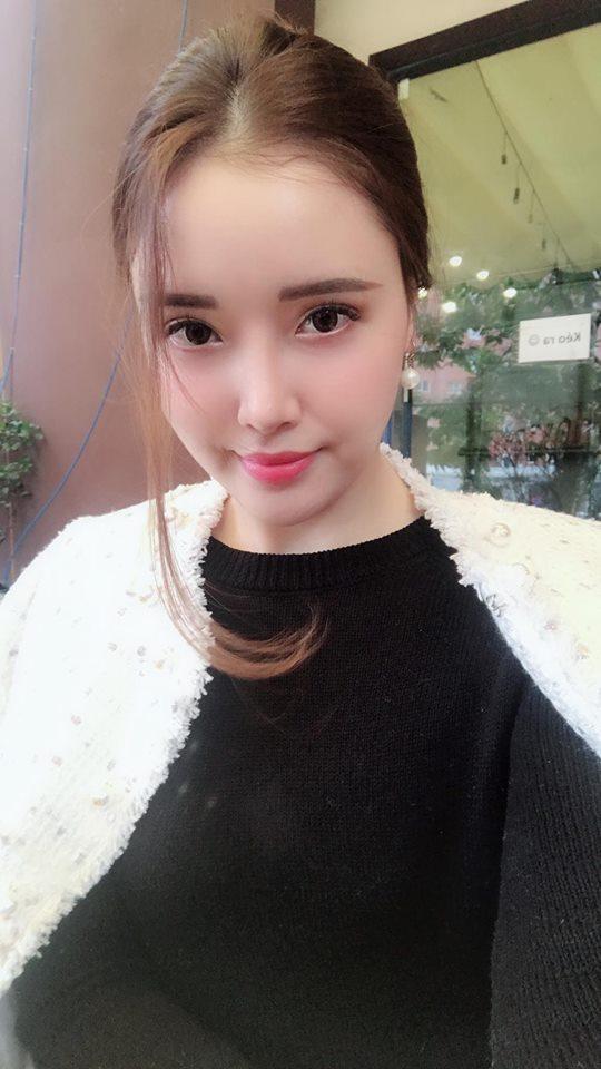 """Em gái Mai Phương Thúy có màn """"lột xác"""" xinh hơn hoa gây bất ngờ - 13"""
