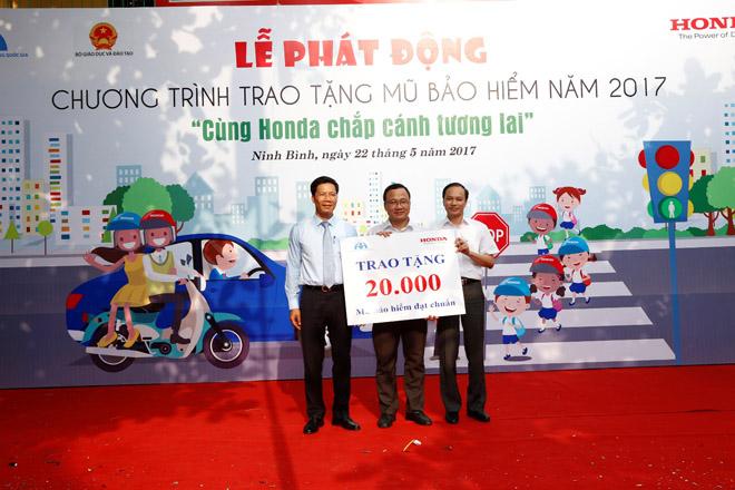Bùng nổ các hoạt động Lái xe an toàn của Honda Việt Nam trong năm 2017 - 6
