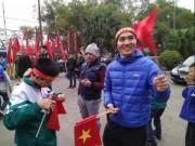 Phú Thọ: Nghìn người chờ đón Hà Đức Chinh sau chiến thắng của U23