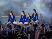 Càng đắt show, Hương Tràm càng chăm diện đồ diễn ngắn