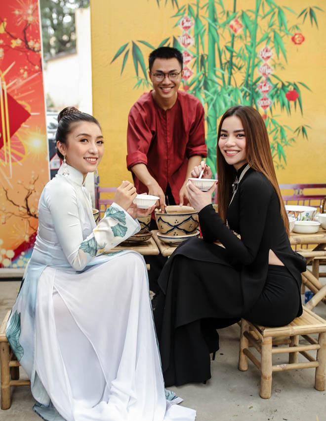 Hà Hồ tươi rói trước thông tin sắp cưới Kim Lý - 4
