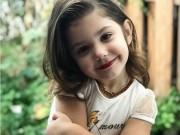 Bà mẹ bị la ó vì con gái 3 tuổi dạy trang điểm