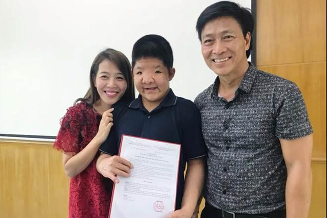 Cái Tết bất ngờ hạng diễn viên Quốc Tuấn dành cho cậu con trai đắt bệnh hãn hữu gặp - 2