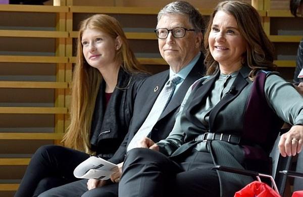 Ái nữ nhà Bill Gates khoe bạn trai đẹp như tài tử - 5