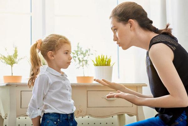 Những nguyên tắc kiểm soát hành vi xấu của trẻ - 2