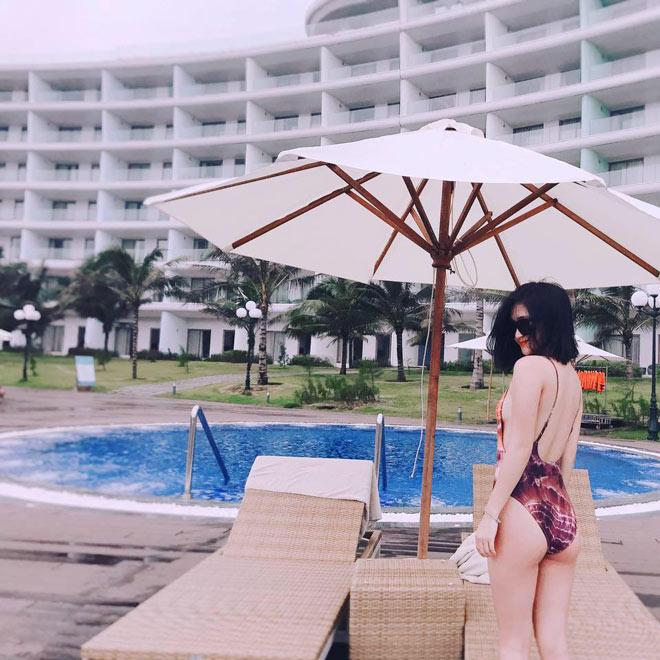 Bất ngờ về bạn gái đẹp như minh tinh của tiền vệ Huy Hùng - 7