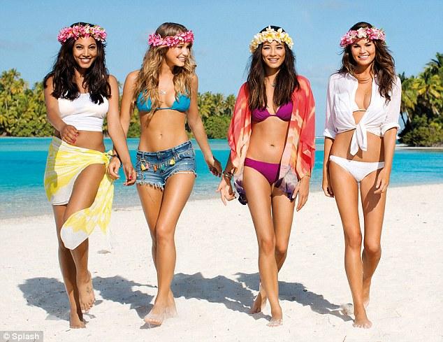 """Mặc bikini và khỏa thân hướng dẫn bay ở New Zealand, bị chê """"tơi bời"""" - 1"""